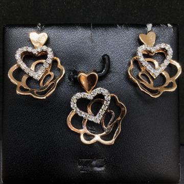 Real diamond fancy Heart pendant set