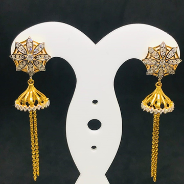 CHARISMATIC GOLD DROP EARRING BT0035