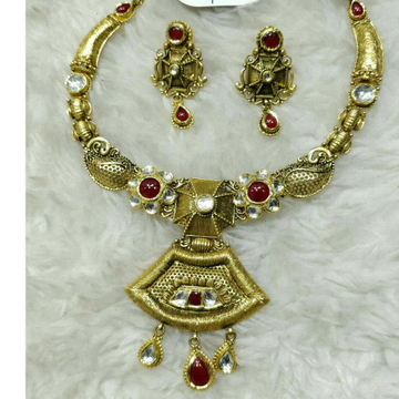916 Yellow Gold Ladies Antique Jadtar Wedding Necklace Set