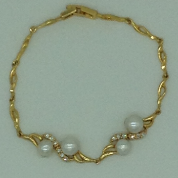 White Button Pearls And White CZ Golden Alloy Chai...