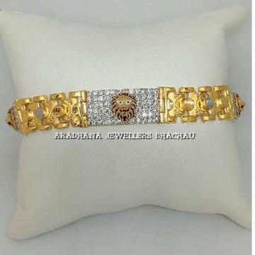 22KT Gold Indian Lion Design Gents Bracelet