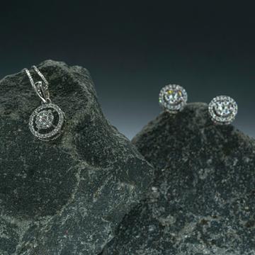 ladies Real diamond Pendant set by