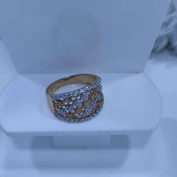 18KT/750 Rose Gold Exquisite Fancy Rodiyam Ring For Women