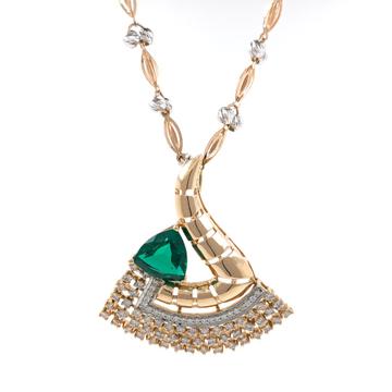 Triangular Green Stone Diamond Pendant in 18k rose...