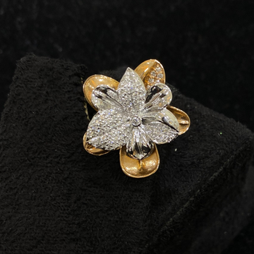 Floral Design Diamond Ring by