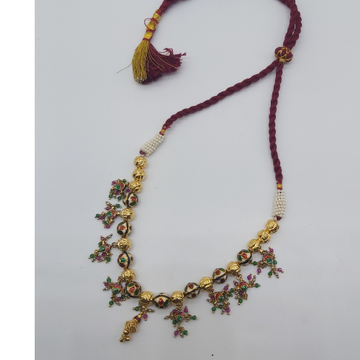 Indian traditional necklace set in jadtar by