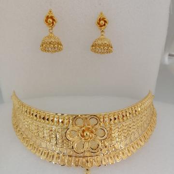 916 gold yellow antique chokkar set by Vinayak Gold