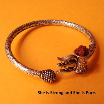 Puran hallmark silver Trishul kada Bangle with nat...
