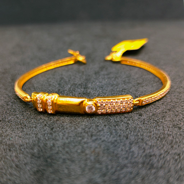LUCKY by Ghunghru Jewellers