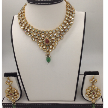 White Polki Stones Pacchi Kundan Necklace Set JNC0...