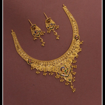 22kt/916 yellow gold opulent necklace set for women