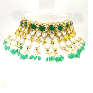 Choker kundan work emerald and white moti necklace set 1614