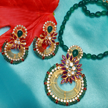 916 Gold Attractive Colour stone Necklace Set PJ-N003