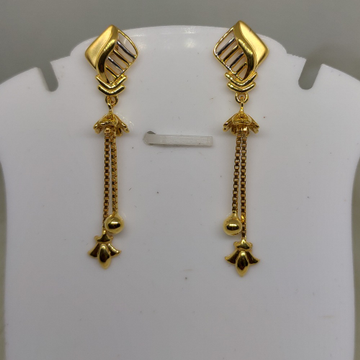 22KT Gold earring SOG-E033 by S. O. Gold Private Limited