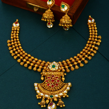 916 gold Antique jadtar hallmark necklace set