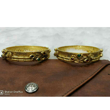 22Kt Gold Antique Ladies Bangle