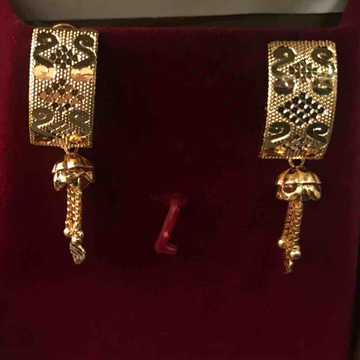 22 ct gold fancy j earrings  for engagement