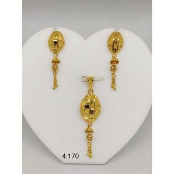 18 K Gold Pendant Set. nj-p01175