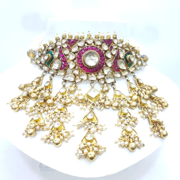 Hanging gold plated with kundan with peacock style & emerald and ruby stone work set 1583