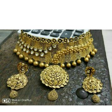 22K/916 Gold Antique Jadtar Ladies Necklace Set