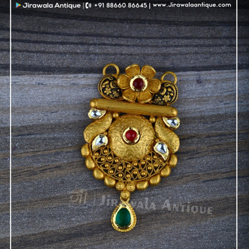 Antique Jadtar Kundan Mangalsutra Pandant With Flower Chapai Work