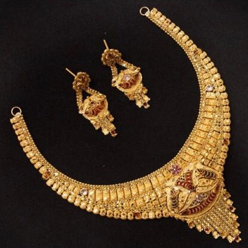 22 ct 916 gold necklace set with earings by
