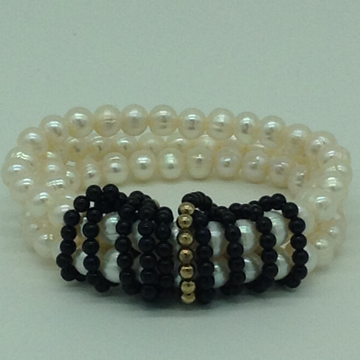 White Potato Pearls With Black Beeds And Golden JAco Balls 3 LayersElastic BraceletJBG0182