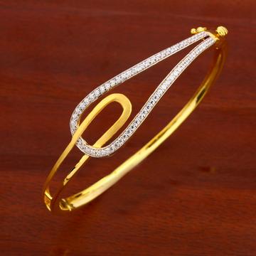 750 Gold Ladies fancy Kada Bracelet LKB133