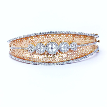 DESIGNED FANCY ROSE GOLD KADA BRACELET