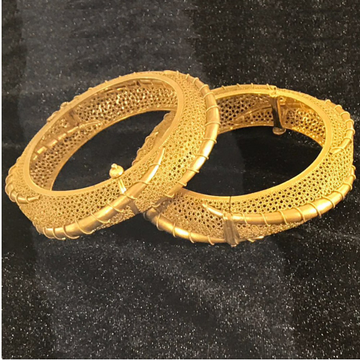 22KT Yellow Gold Traditional Kadla