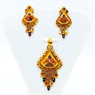 kalkatti Pendant set by Shree Narayani Gold