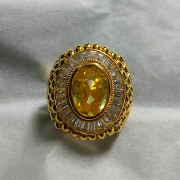 22KT Gold Yellow Sapphire Gents Ring