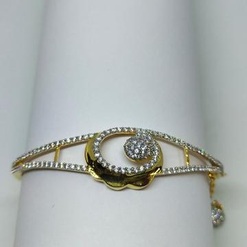 22K Flower with diamond shape figurative bracelet