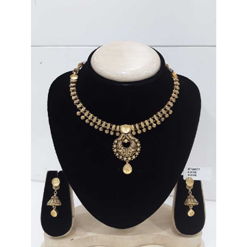 Antique Jadtar Khokha Style  With  Black Palish
