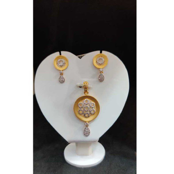916 ladies white pendant set p-41802