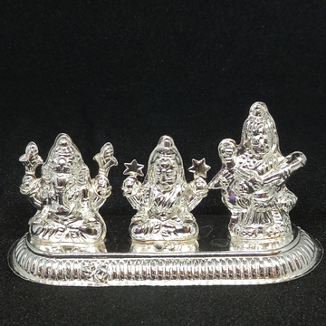 Silvar ganpati Laxmiji Sarasvati by Rangila Jewellers