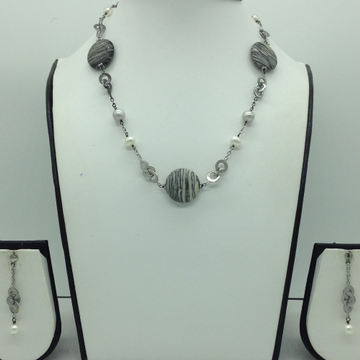 Freshwater whitepearls andsemi chipssilver necklace set jnc0071