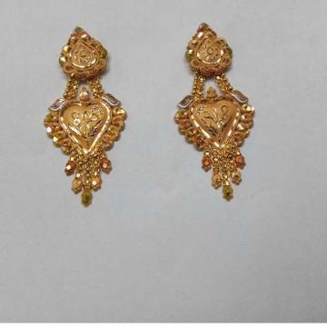 18kt Gold Designer Stylish Earring