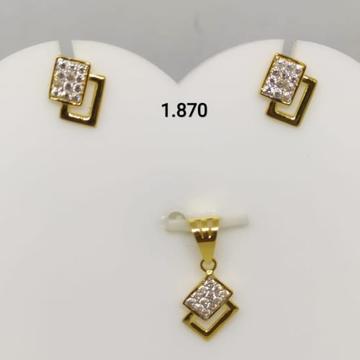 916 Gold Cz Pendant Set by