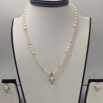 White CZ And Pearls Pendent Set With White Pearls Mala JPS0040