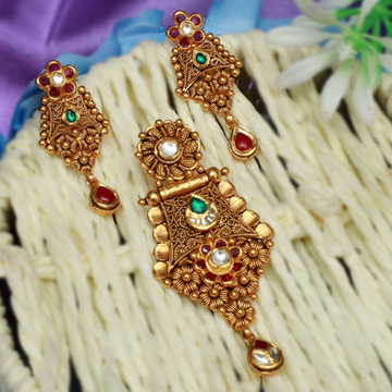 22Kt Gold Traditional Pendant Set PJ-PS010