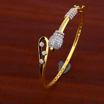 750 Gold Cz Gemstone Bracelet LKB78