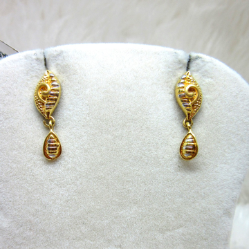 Gold Mini Casting Earring