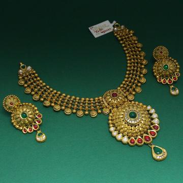 22k hallmarked antique necklace by Simandhar Jewellers