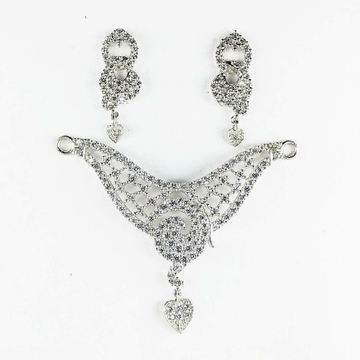 fine stoned 925 silver mangalsutra pendant