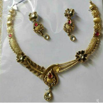 22K / 916 Gold Ladies Flower Antique Jadtar Necklace Set