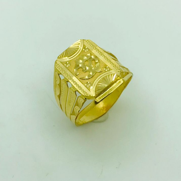 916 gOLD rING by