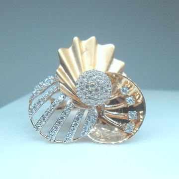18kt rose gold fancy bridal ring