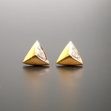 18 ct gold earrings for tringle shape