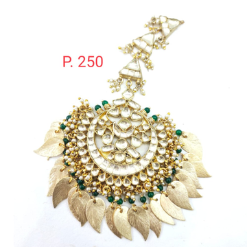 Antique Bridal kundan Maang Tikka with hanging emerald Beads 1632